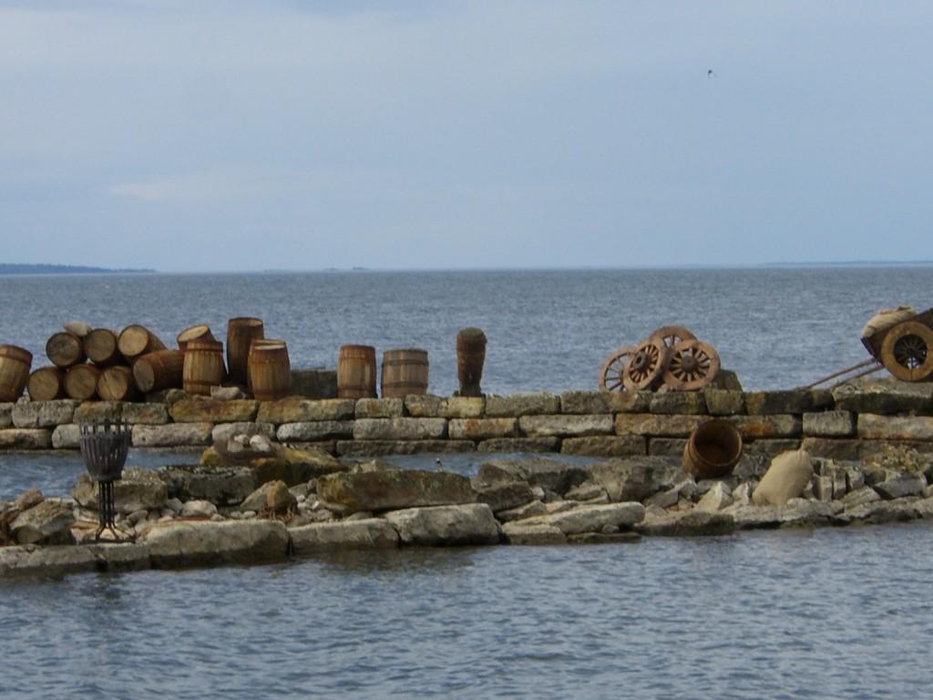 Visingsö hamn - på Råbäck.